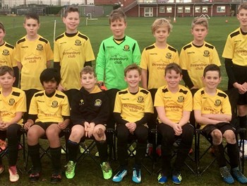 Junior football team have smart new look thanks to The Shrewsbury Club